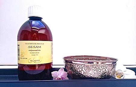 Fördelar med sesamolja - Abhyanga